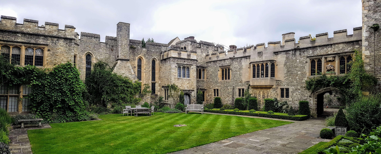 scottys castle courtyard - HD1920×777